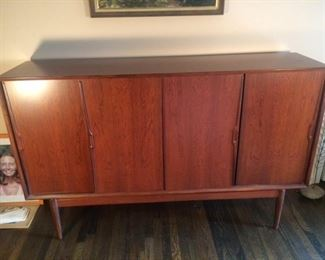 Beautiful Rosewood buffet/credenza