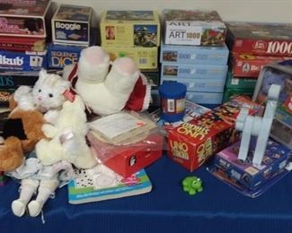 Assortment of games, puzzles and toys.