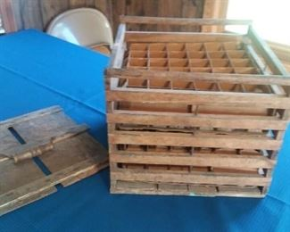 Great Antique Wood Egg Crate with Inserts!