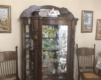 Vintage, Reproduction of an Antique Bow Front China Cabinet... Lovely Vintage Glassware