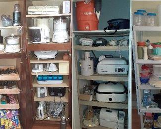kitchen, roaster pans, Tupperware, juicer