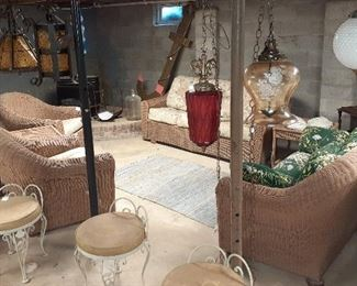 whicker set, vanity chairs, hanging lamps