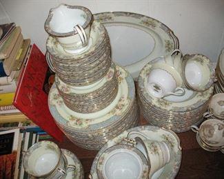 Large set of Noritake China 'Posey' pattern