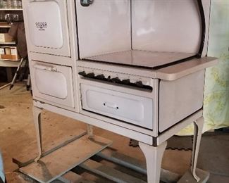 Roper Gas Stove (paper work with it is dated 1927)