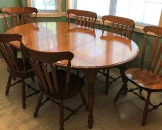 Hard Rock Maple Table w/2 Leaves and 6 Chairs