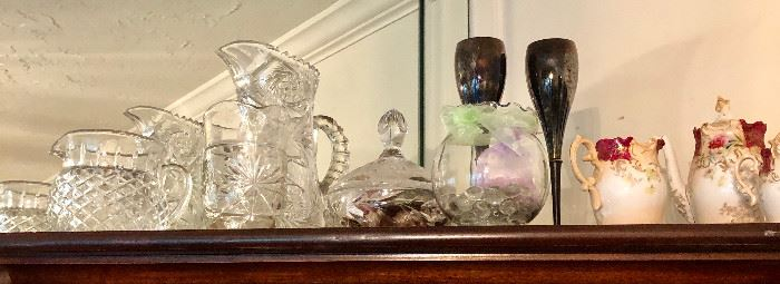 Many crystal and pressed glass items.