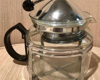 Unusual tea/coffee infuser pot.