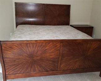 144 Vaughan King Sleigh Bed