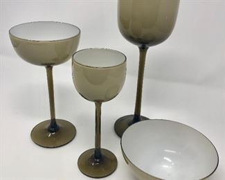 Vintage Taupe and White Glassware https://ctbids.com/#!/description/share/251876