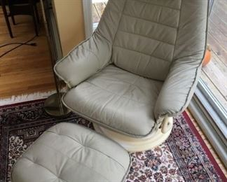 8382 Leather Chair Footstoolmin