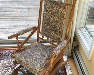 8382 Vintage Rocking Chairmin