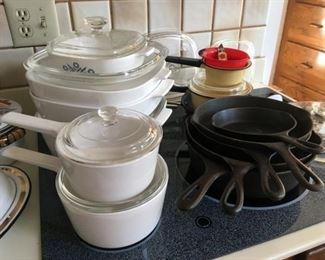 8382 Cookware Iron Skilletsmin