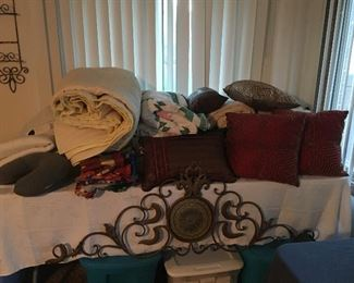 Blankets and pillows, metal artwork, Twin mattress pad with heat