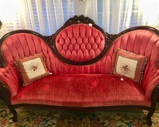 Rococo Revival Mahogany sofa - 20th C - excellent condition