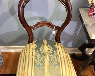 Walnut balloon backed sidechair c. 1860