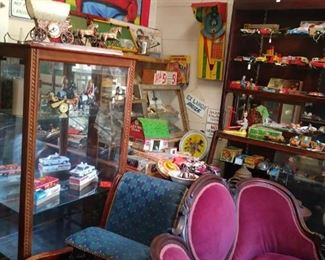 Tin toys, collectables, carnival, americana and tobacco