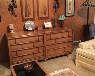 Tamerlane by Thomasville MCM chest/sideboard.