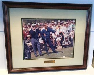 An iconic golf photo!