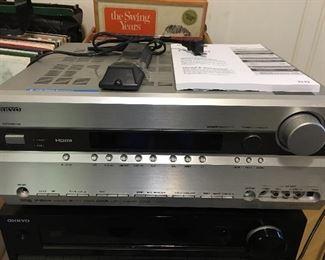 Onkyo AV receiver TX-NR709