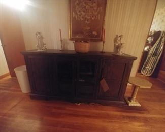 Like new flat screen TV stand big enough with plenty of storage to be a sideboard 150