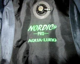 Nordic Pro Aqua-Lung full body dive suit