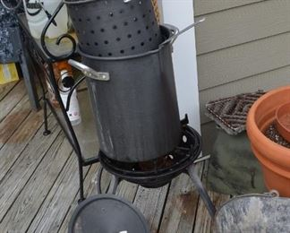 outdoor cooker set $75