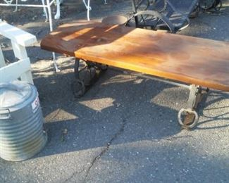 Western Vintage Lounge settee and chair with table