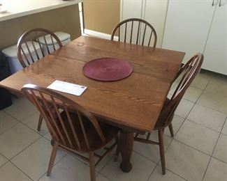 Vintage oak dining room set. Table expands