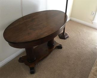 Beautiful table in good condition