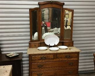 Cute Dresser and mirror