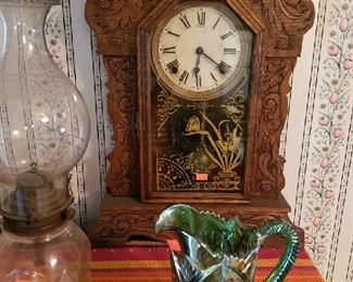 Wonderful clock with key