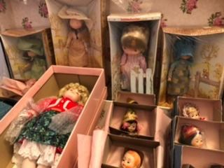 Holly Hobbie dolls with boxes