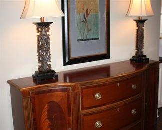 Mahogany Serpentine door sideboard with 3 drawers