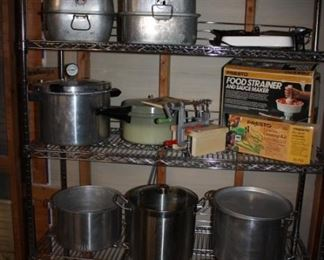 Lots of 'Cooking' supplies