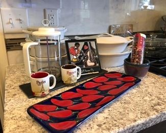 Kitchen with high end and darling