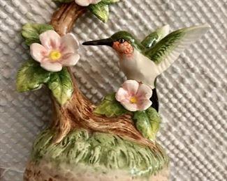 Hummingbird music box