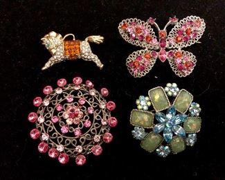 Costume jewelry - vintage pins