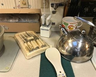 more kitchen items