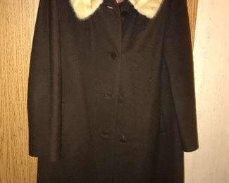 Vintage Frederick Nelson fur collar coat