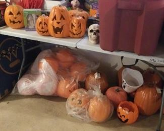 Pumkins Halloween more in bins