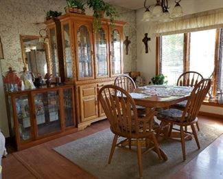 Hutch - Dining Table with 4 Chairs & Small Curio Cabinet