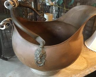 Handled copper pot