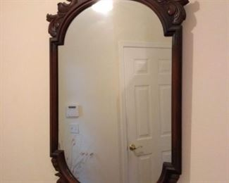 Nice carved mirror in great condition