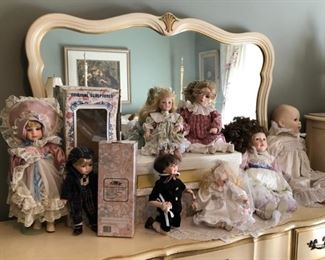 Collectible Dolls Including Leonardo Collection, Gustave & Gretchen Wolff, Mann Collection