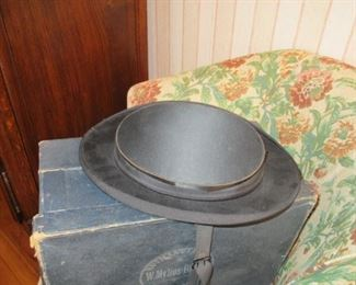 collapsible top hat
