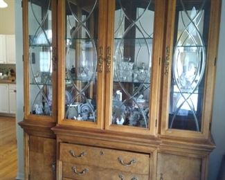 Beautiful Thomasville China Hutch. Touch lighting from hinge. Storage and plenty of room. Not as much as you think!