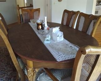 Matching dining table and 6 chairs. Goes with the hutch but we will sell individually! Table pad and extra leaf! Excellent condition!