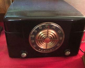 Vintage Admiral Radio Phonograph Record Player Model 5Y22N Art Deco