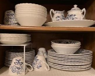 Meakin Blue / White China Set