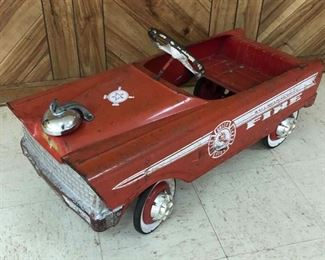 Vintage Fire Chief Pedal Car, NICE